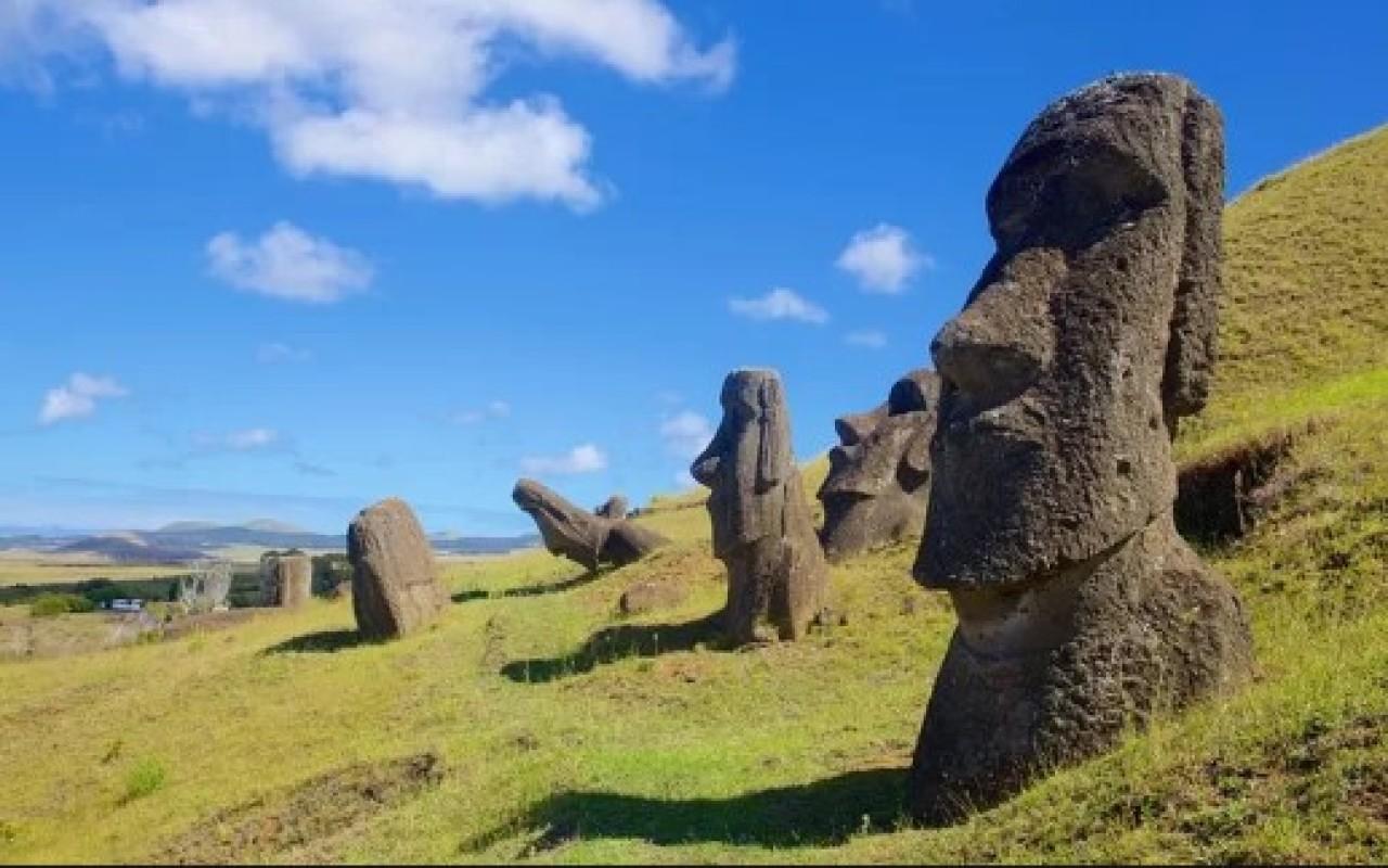 Tour dia completo por Rapa Nui - Los mejores tours y experiencias en Chile