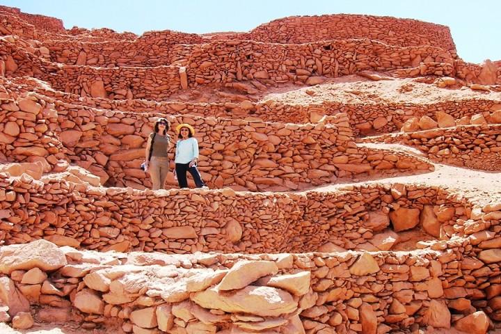 Caminata por los senderos ancestrales del Desierto de Atacama