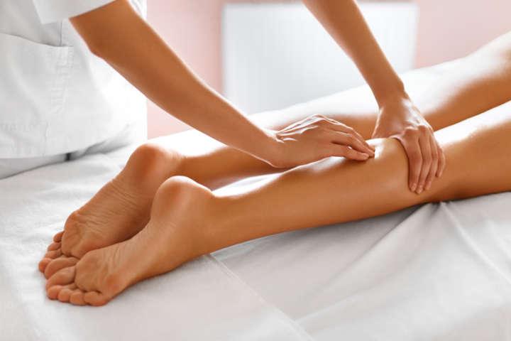 Masaje de piernas cansadas en NOI Spa