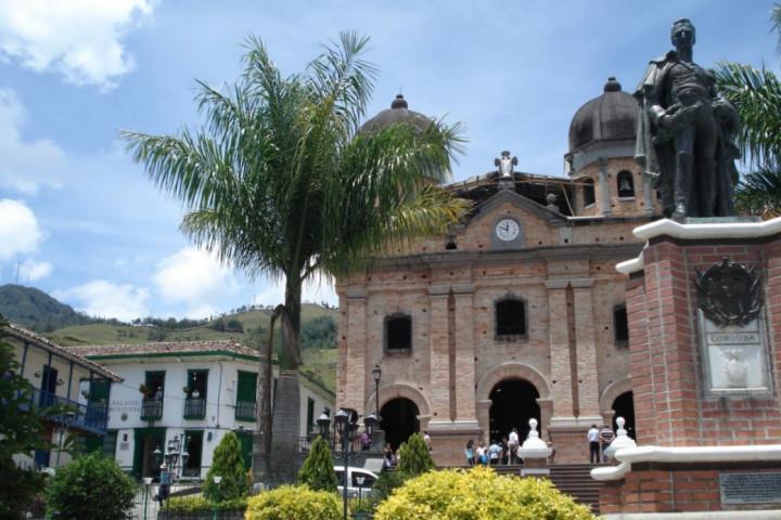 Trekking por las selvas del oriente de Antioquia
