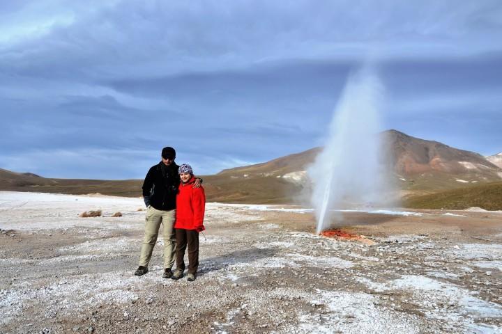 Geysers de Puchuldiza y Parque Nacional Volcán Isluga