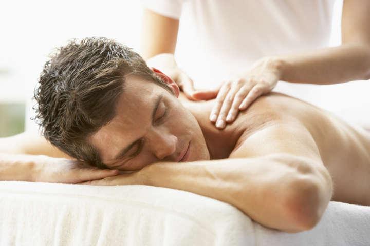 Masaje de relajación en NOI Spa