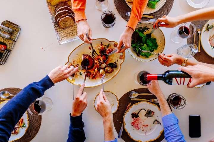 Almuerzo en Viña Vik en el Valle de Millahue (para 2 personas)