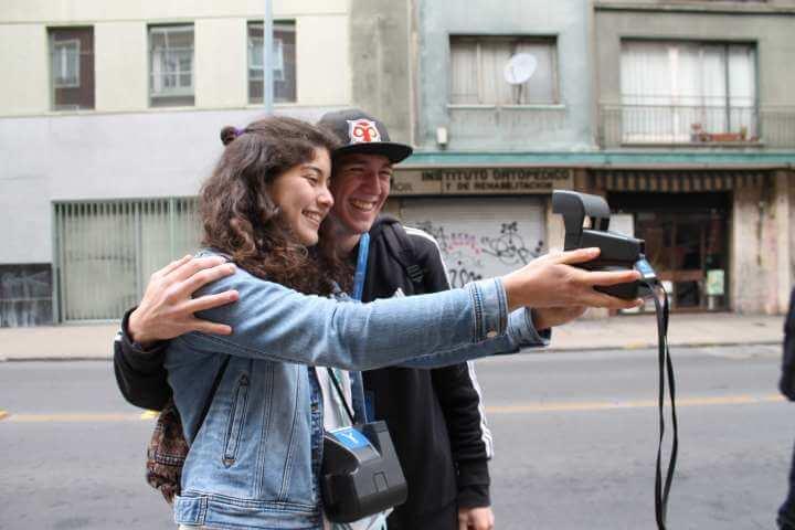 Tour de fotografía Polaroid por Santiago (para 2 personas)