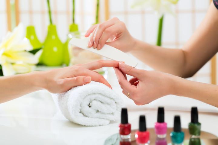 Manicure permanente (a domicilio)