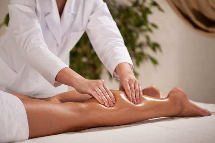 Sesión de masaje para viajeros