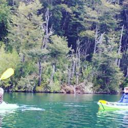 Kayak en el río San Pedro