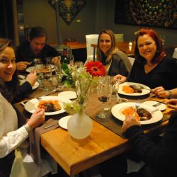 Visita a Viña Santa Rita, cena y fiesta en un club
