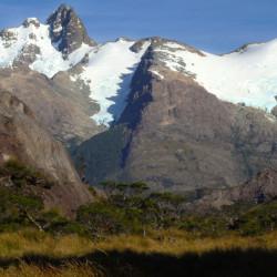 Navegación y trekking por la Reserva Nacional Alacalufes