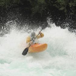 Kayak inflable en el río Futaleufú