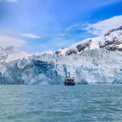 Navegación por el glaciar O'Higgins (octubre-abril)