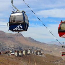 Tour por los centros de ski y el Parque Farellones (octubre - marzo)